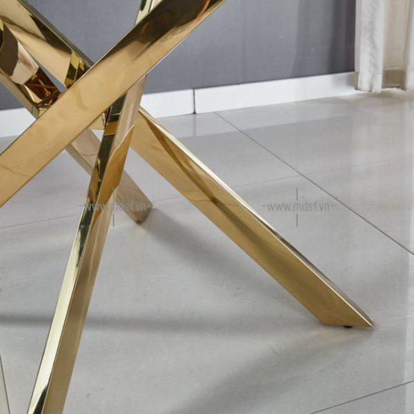 bàn ăn chân Inox mặt kính 3